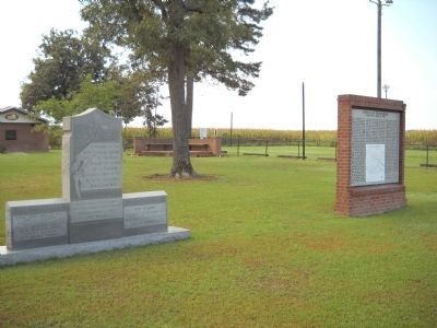 Markers in Chicora Cemetery image. Click for full size.