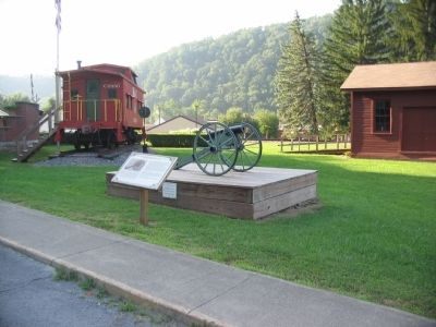 Mountain Howitzer Replica and Marker image. Click for full size.