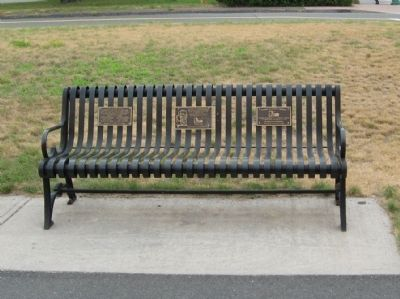 Gang Scarpa Shoda Bench image. Click for full size.