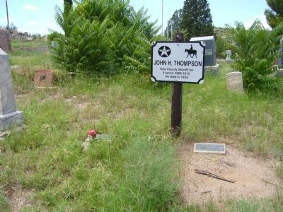 Sheriff Thompson's Grave Site image. Click for full size.