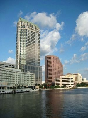 The Hillsborough River in downtown Tampa image. Click for full size.