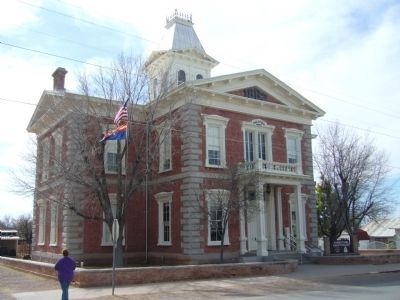 Tombstone Courthouse image. Click for full size.
