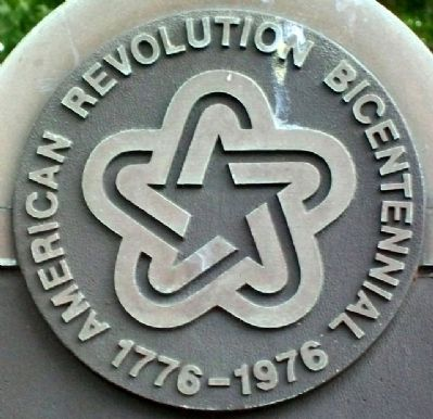 Bicentennial Emblem on History of Greenville-Bond County Marker image. Click for full size.