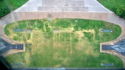 Looking down from the Gateway Arch image. Click for full size.