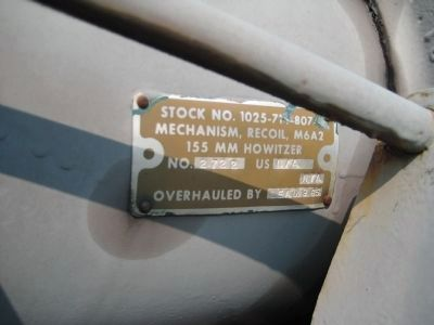Nameplate on Howitzer image. Click for full size.