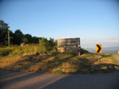 Entrance to the Ingalls Overlook image. Click for full size.
