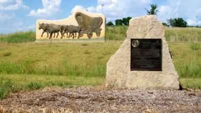 Trails West Sculpture and Marker image. Click for full size.