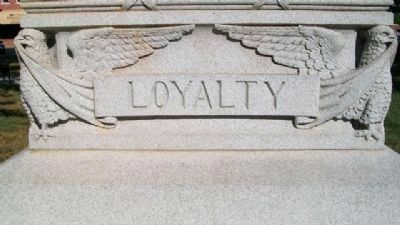 Paola Veterans' Memorial - Loyalty image. Click for full size.