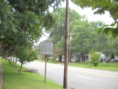 Marker on N Main Street image. Click for full size.
