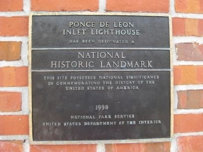 Ponce de Leon Inlet Lighthouse NHL Plaque image. Click for full size.