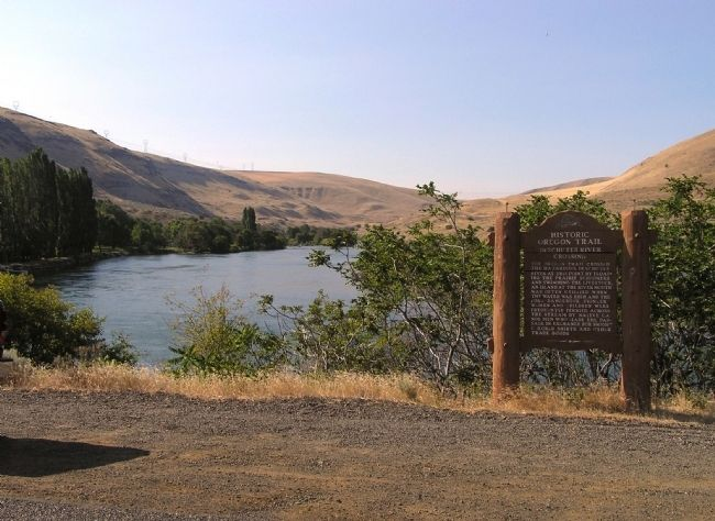 Wide view of the Deschutes River Crossing Marker image. Click for full size.