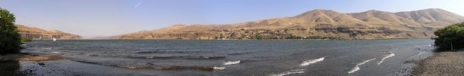 Lake Celilo image. Click for full size.