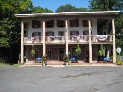 Carversville Inn image. Click for full size.