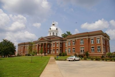 Putnam County Courthouse image. Click for full size.