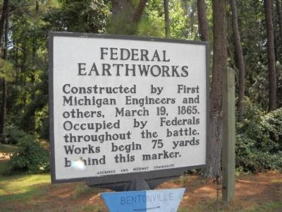 Federal Earthworks Marker image. Click for full size.