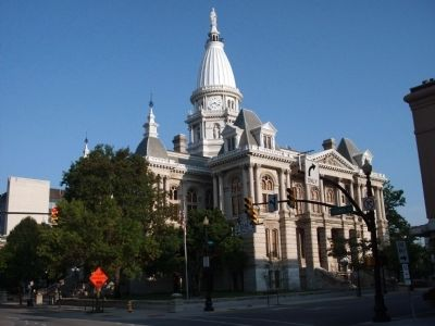 South / East Corner - - Tippecanoe County Courthouse image. Click for full size.