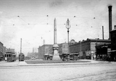 Battle of Liberty Place Monument - at its original location on Canal Street, 1906 image. Click for full size.
