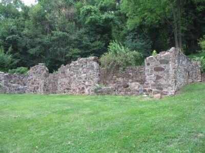 Ruins of the Revolutionary War Hospital image. Click for full size.