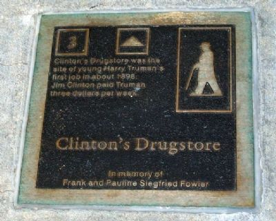 Clinton's Drugstore Marker image. Click for full size.