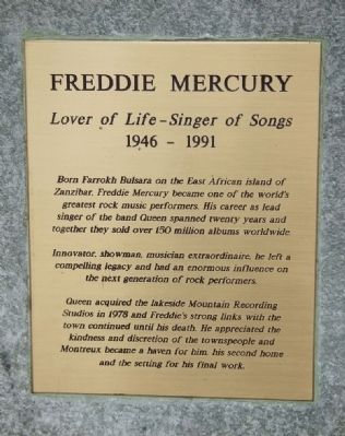 Freddie Mercury Marker (left plaque) image. Click for full size.
