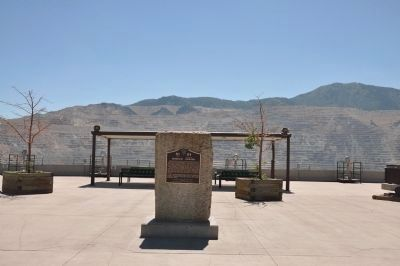 Bingham Canyon Marker and Top of Open-Pit Mine image. Click for full size.