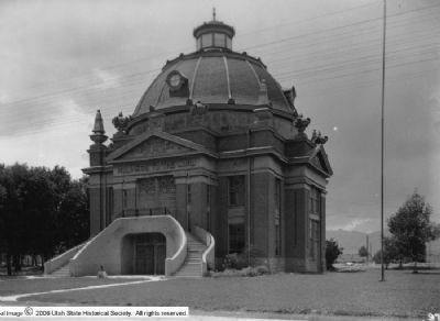 Early Riverton and the Magnificent Dome Church image. Click for full size.