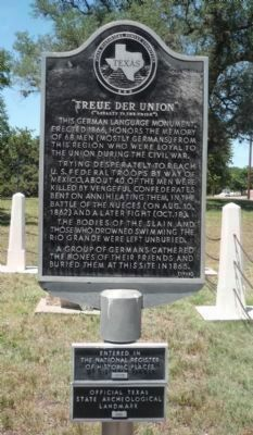 <i>Treue Der Union</i> Monument - Marker Panel 1 image. Click for full size.