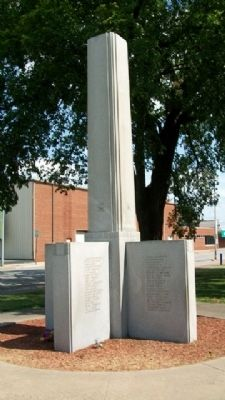 Joplin World War II Memorial image. Click for full size.