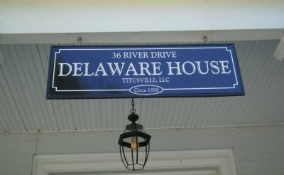 Delaware House sign image. Click for full size.