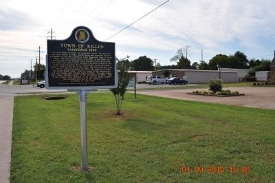 Town of Killen Marker with the New Townhall and Library in the Background image. Click for full size.