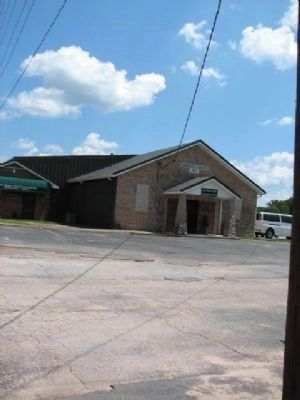 Lone Cedar Church of Christ (older building) image. Click for full size.