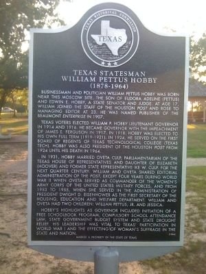 Texas Statesman William Pettus Hobby Marker image. Click for full size.