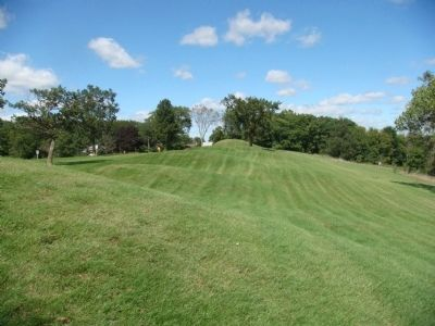 Aztalan Mounds image. Click for full size.
