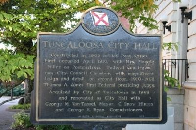 Tuscaloosa City Hall Marker image. Click for full size.