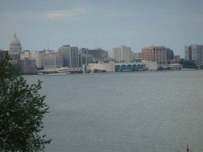 View of Madison from Olin-Turville Park image. Click for full size.