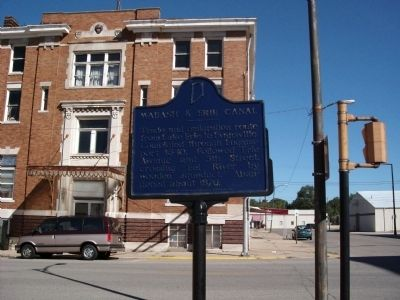 Looking North - - Wabash & Erie Canal Marker image. Click for full size.