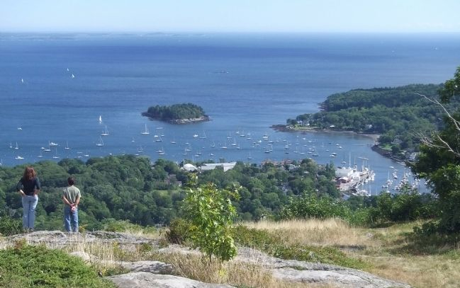 Camden Harbor from Mount Battie image. Click for full size.