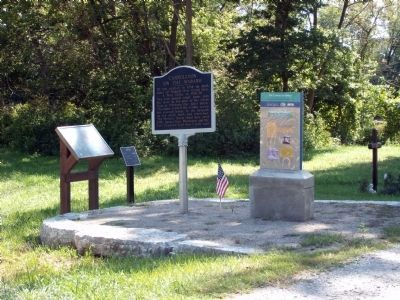 The Carrollton Bridge Marker & Others image. Click for full size.