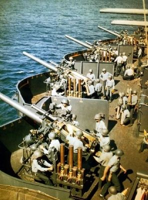 "5""/25 guns aboard USS New Mexico (BB-40) on 15 June 1944. image. Click for full size."