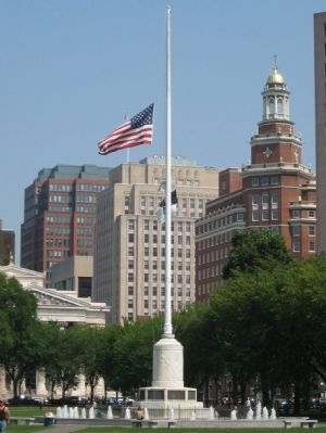 New Haven Memorial Flagpole image. Click for full size.