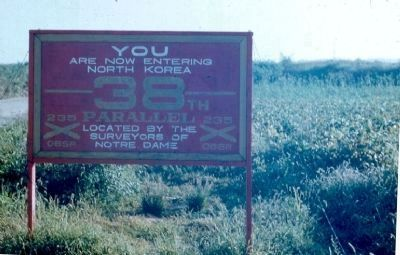 38th Parallel Sign image. Click for full size.