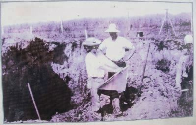 Closeup of Photo on History of Archaeological Investigations Marker image. Click for full size.