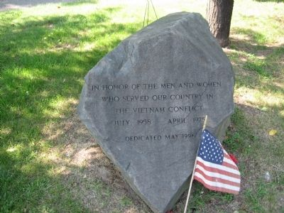 North Branford Vietnam Monument image. Click for full size.