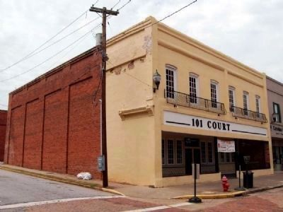 101 Court Street (antebellum) image. Click for full size.