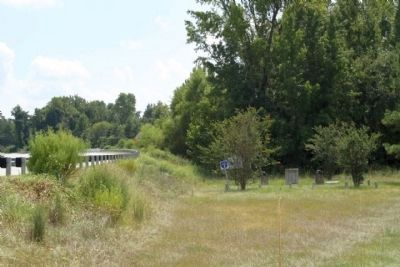 Site of The Battle of Dingle's Mill Marker, seen along US 521, looking south image. Click for full size.