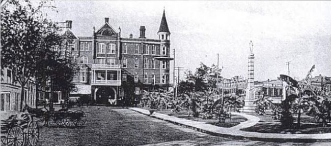 Panorama of Court House Square image. Click for full size.