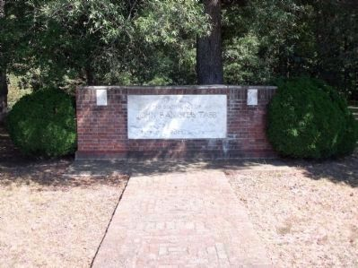 The Tabb Monument erected in 1936 image. Click for full size.