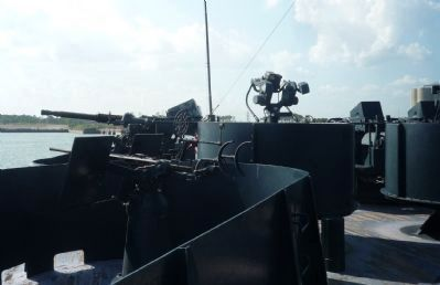 U.S.S. <i>Texas</i> 20 and 40 mm light anti-aircraft guns and fire control director, aft of marker. image. Click for full size.