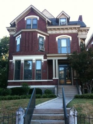 Mary Todd Lincoln was born in this house. image. Click for full size.