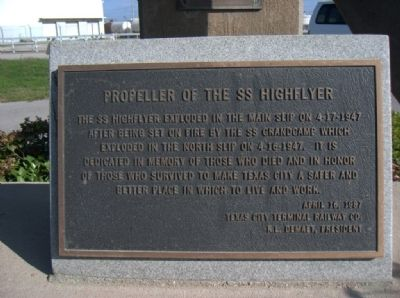 Marker describing the propeller of the SS High Flyer image. Click for full size.